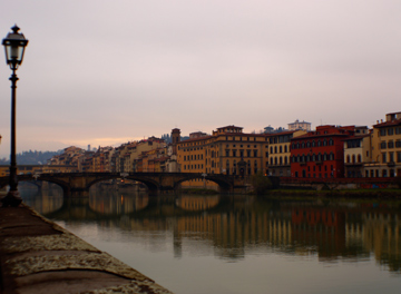 The Arno river cutting through the beautiful city of Florence, Italy