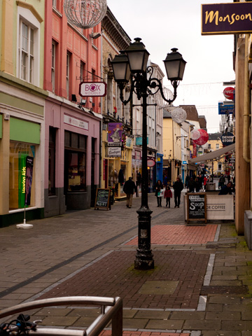 A street in Cork, Ireland during the winter.