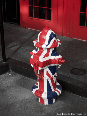 The Union Jack painted onto a fire hydrant