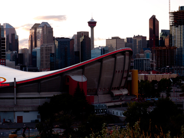 Home to the Calgary Flames, the Saddeldome stands before downtown Calgary.