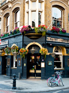 An english pub in London's Earls Court district