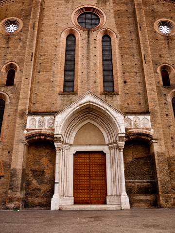 The romanesque facade of Basilica di San Francesco in Bologna, Italy.