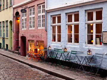A sidewalk patio in Copenhagen, Denmark