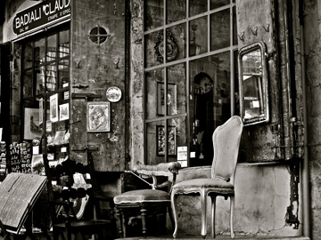 An antique store in Arezzo, Italy